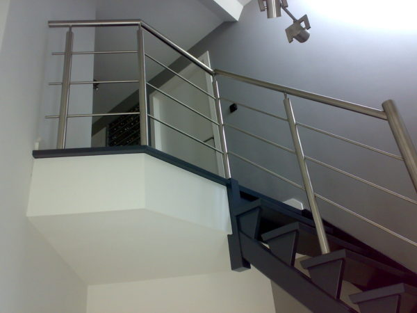 Trap balustrades